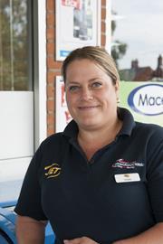 Louise Hammond